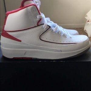 Retro Jordan 2s Size 6/2